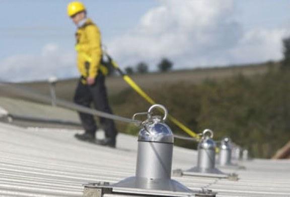 Esecuzione in sicurezza dei lavori in copertura. Misure di prevenzione e protezione